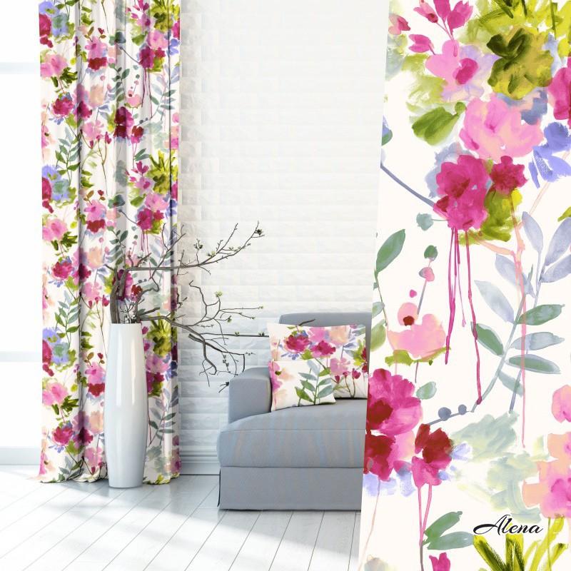 zasłony do salonu z motywem kwiatowym