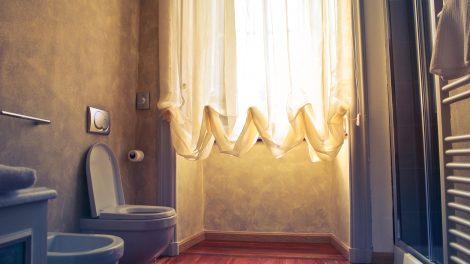 Aranżacja łazienki w małym mieszkaniu