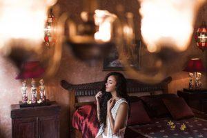 5 elementów, które pomogą pogłębić romantyzm w Twojej sypialni