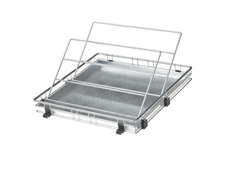 Metalowa półka z ociekaczem – schowek do szafy