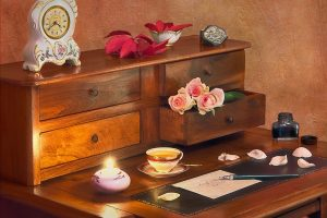 Stylowe sekretarzyki - oryginalne meble do każdego wnętrza