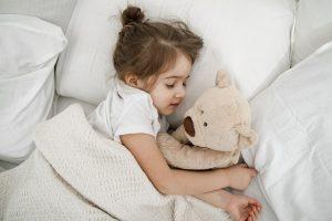 Kołdra antyalergiczna – najlepsza dla małego dziecka
